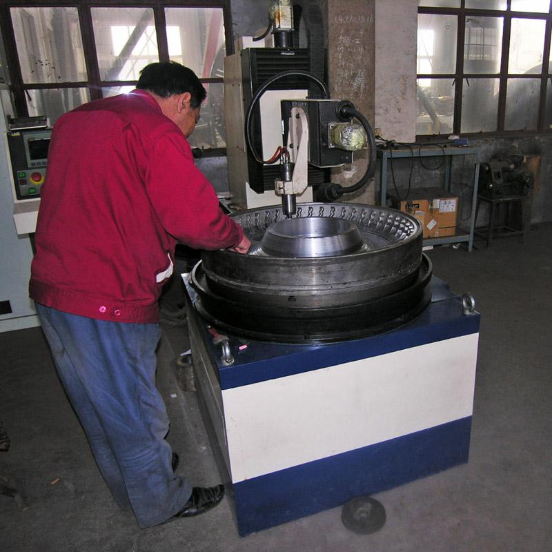 Qingdao YDL moule co., Ltd. est l'un des principaux fabricants de moules de pneus en Chine