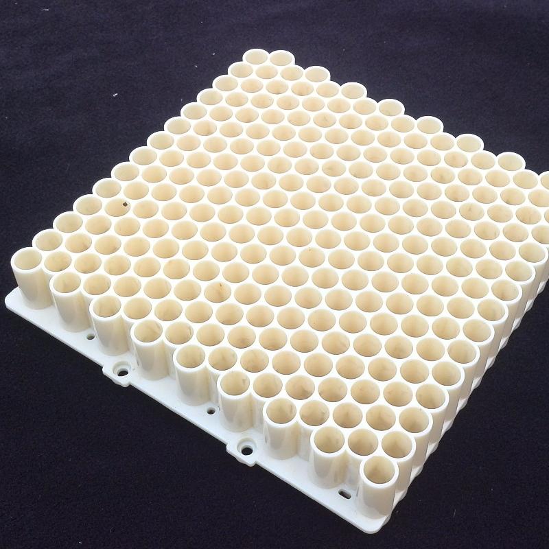 Pièces plastiques médicales et bioscientifiques