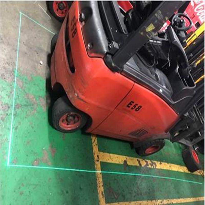 Quels sont les avantages des lampes laser pour chariot élévateur par rapport aux lampes LED pour chariot élévateur?