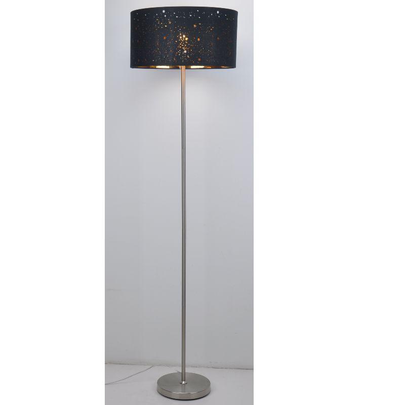 Lampadaire avec abat-jour en tissu noir découpé au laser